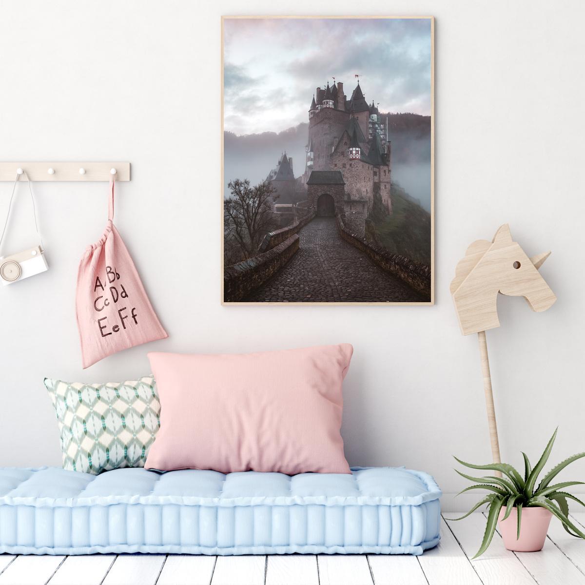 Plakat - U dvorac (S040033SA4)